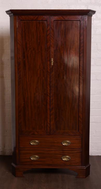 Edwardianischer Mahagoni Eckschrank Kleiderschrank antik ca 1890