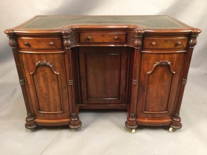 Viktorianischer antiker Mahagoni Schreibtisch englisch ca 1850
