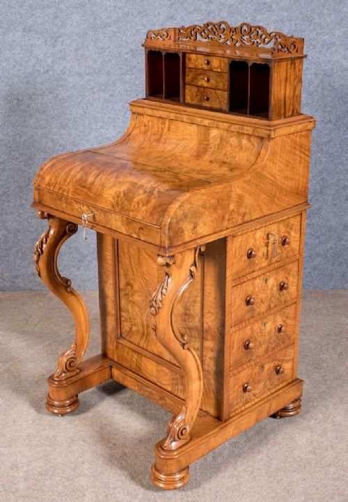Viktorianischer antiker Davenport Schreibtisch Nussbaum ca 1850