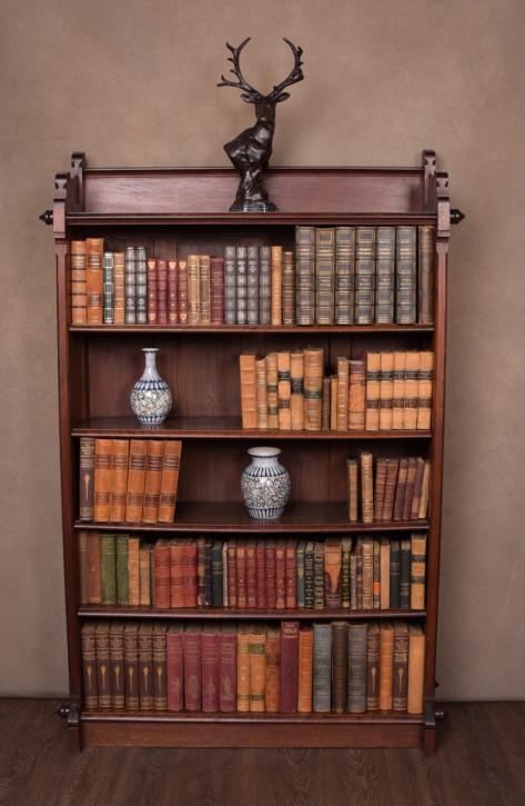 Antiker Arts & Crafts Nussbaum Bücherschrank britisch ca 1890