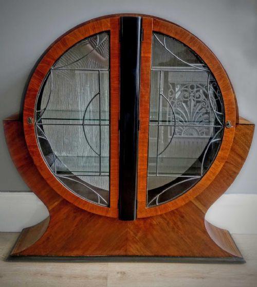 Englische Art Deco Vitrine Nussbaum antik ca 1930
