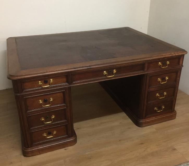 Antiker englischer Nussbaum Schreibtisch Partners Desk ca 1880
