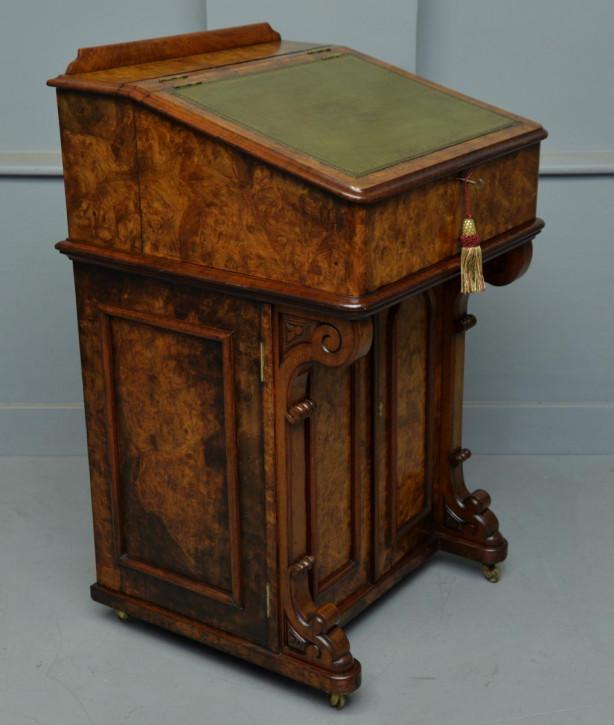 Viktorianischer antiker Davenport Schreibtisch Nussbaum ca 1860