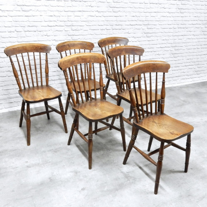 Antike britische Ulmen Küchenstühle Windsor Stühle ca 1890