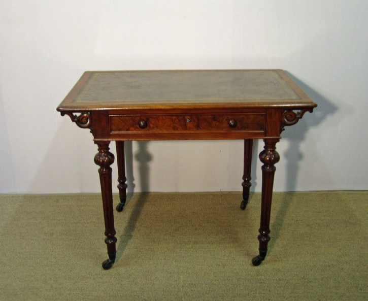 Viktorianischer antiker Schreibtisch Nussbaum englisch ca 1880