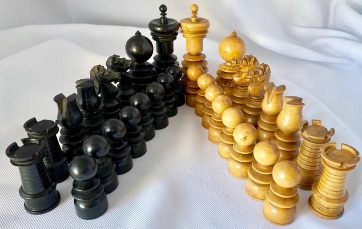 Antikes britisches Schach Set Schachfiguren ca 1920