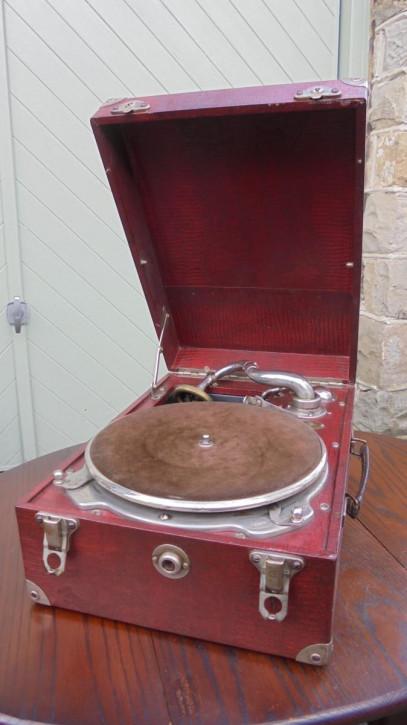 Antikes Englisches rotes Selecta Grammophon ca. 1940