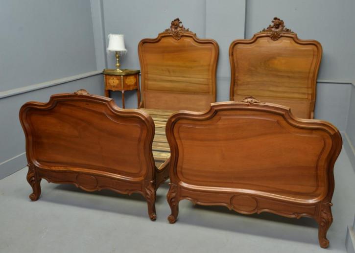 Antike französische Rococo Betten ca 1890