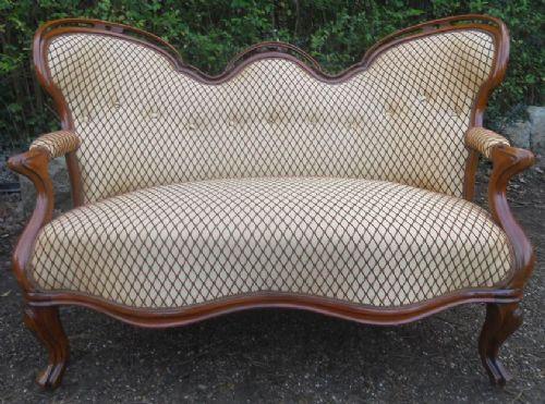 Viktorianisches antikes Mahagoni Sofa britisch ca 1850
