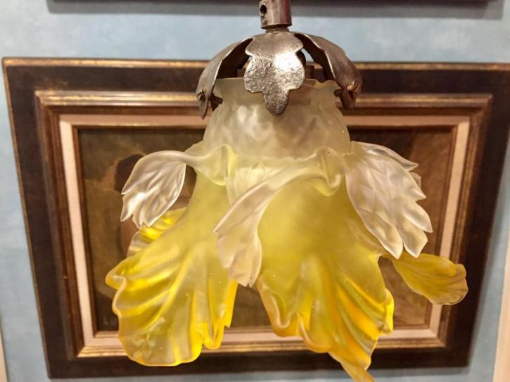 Antike britische Deckenlampe Milchglas Deckenleuchte ca 1920