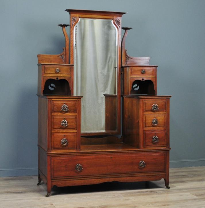Viktorianischer Arts & Crafts Frisiertisch Nussbaum Garderobe antik britisch ca 1880
