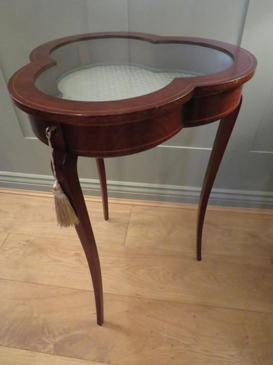Antiker britischer Mahagoni Tisch Bijouterie ca 1920
