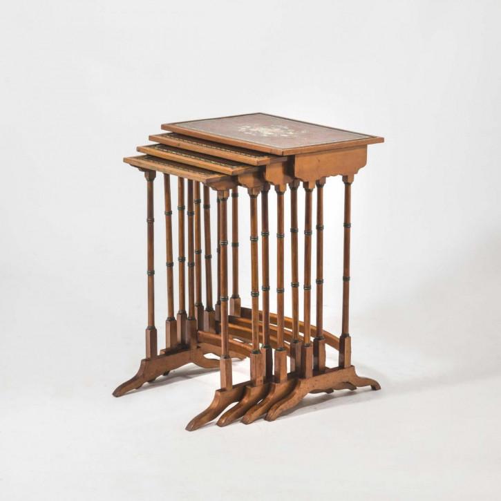 Antike britische Satinholz Beistelltische ca 1900