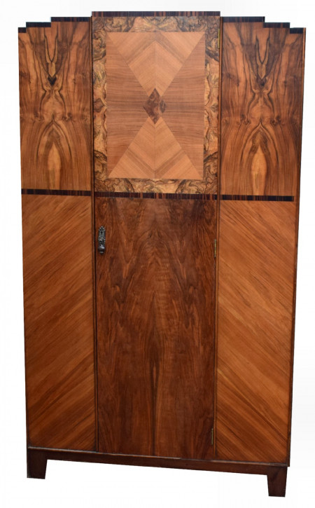 Antiker britischer Art Deco Kleiderschrank Nussbaum ca 1930