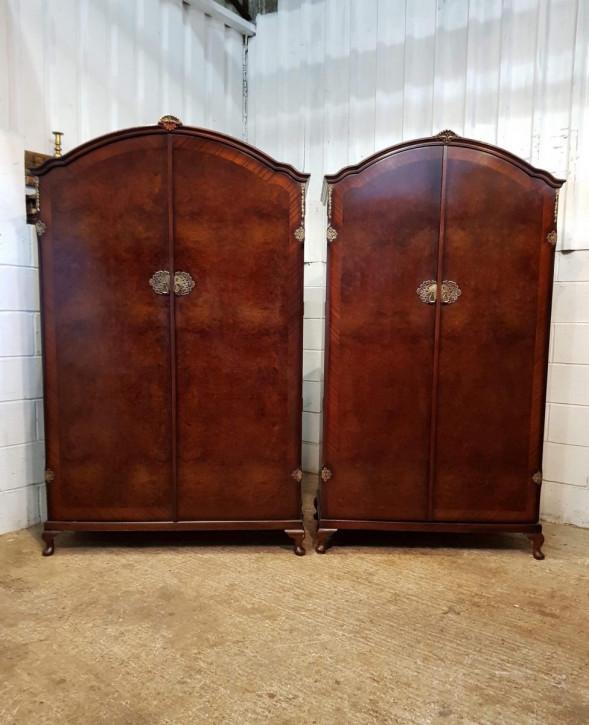 Antiker englischer Mahagoni Kleiderschrank Paar  ca 1920