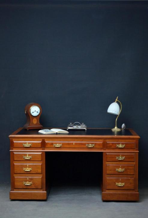 Edwardianischer britischer Nussbaum Schreibtisch antik ca 1900