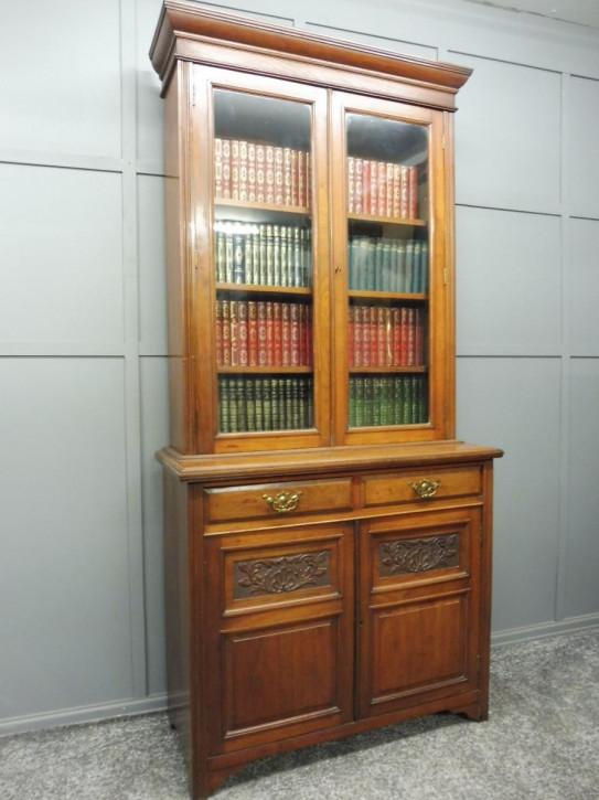 Viktorianischer antiker Nussbaum Bücherschrank britisch ca 1890