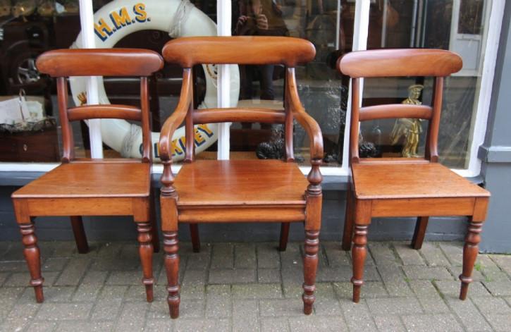 3 Antike Englische Mahagoni Stühle ca. 19. Jh.