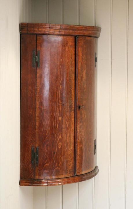 Georgianischer antiker Eckschrank Massivholz ca 1800