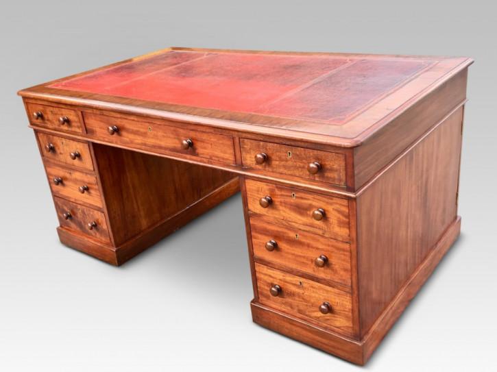 Englischer Antiker Mahagoni Partner Schreibtisch ca.  1860