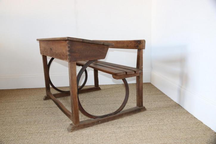 Französischer Antiker Schultisch ca. 1940