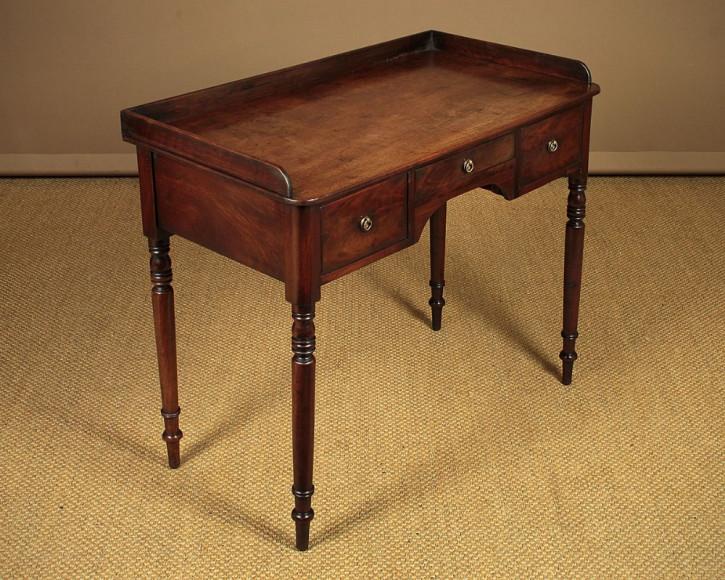 Georgianischer Antiker Mahagoni Tisch englisch ca. 1800