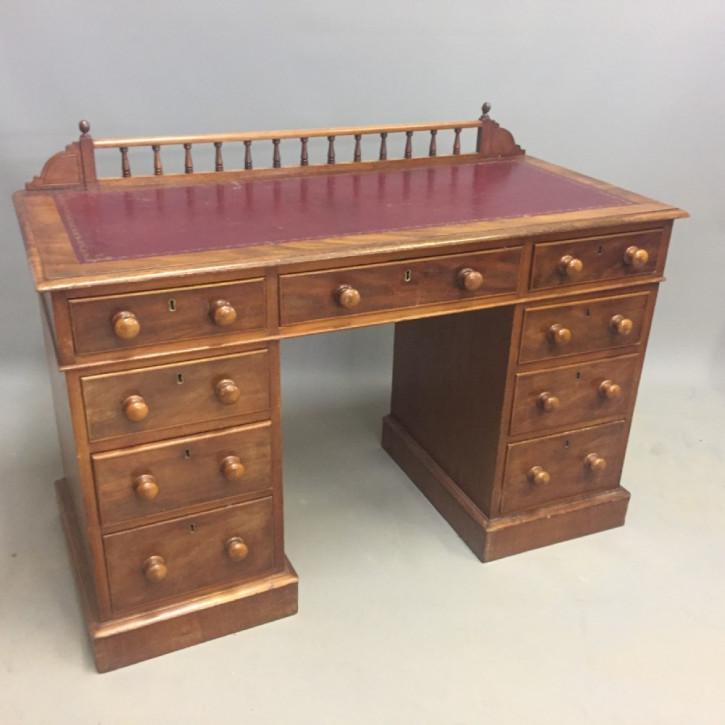 Englischer Antiker Mahagoni Schreibtisch ca. 1890