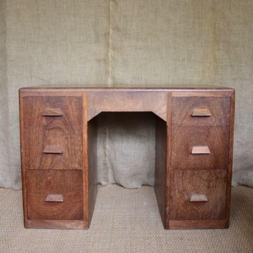 Englischer Antiker Art Deco Schreibtisch ca. 1930