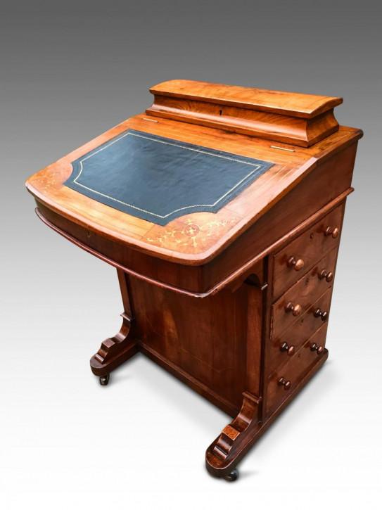 Viktorianischer englischer Nussbaum Schreibtisch Davenport antik ca 1860