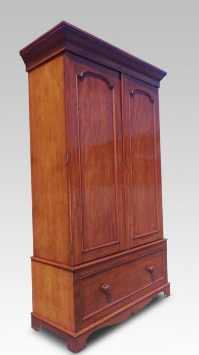 Antiker englischer Mahagoni Kleiderschrank 1880