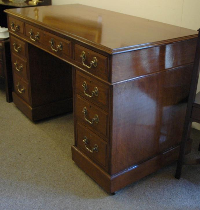 Viktorianischer antiker Eichen Schreibtisch englisch 18. Jh