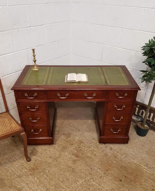 Viktorianischer Mahagoni Schreibtisch antik ca 1890