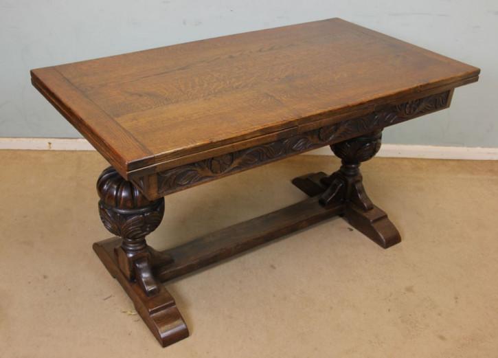 Esstisch aus Eichenholz Refetionstisch Klostertisch