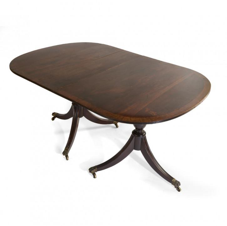 Ein Paar Mahagoni Tische in D-Form