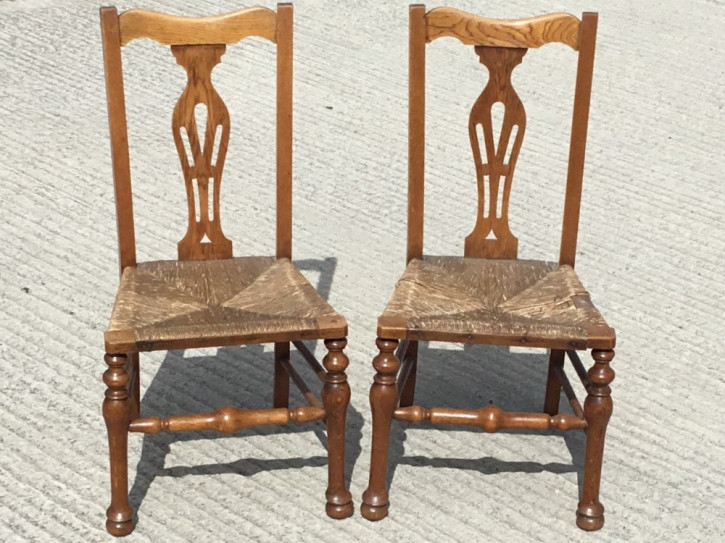 Paar Bauernstühle aus dem 19. Jahrhundert
