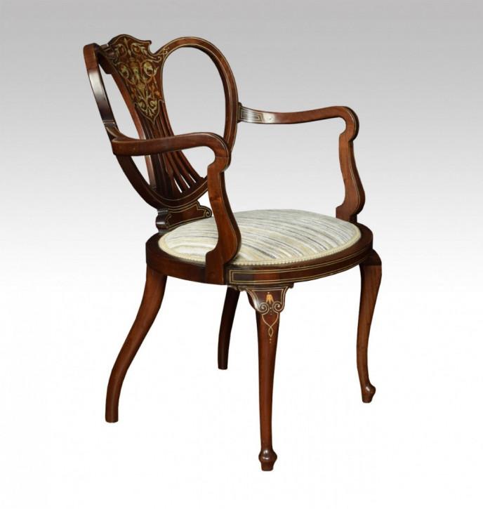 Stuhl aus dem frühen 20. Jahrhundert