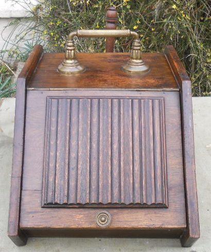 Kohlebox aus Eiche, oak coal box antik mit Original Schaufel edwardianisch ca.  1900