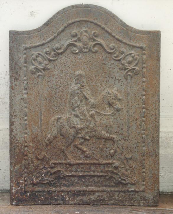Gusseiserner Kamin mit Pferd und Reiter, um 1700