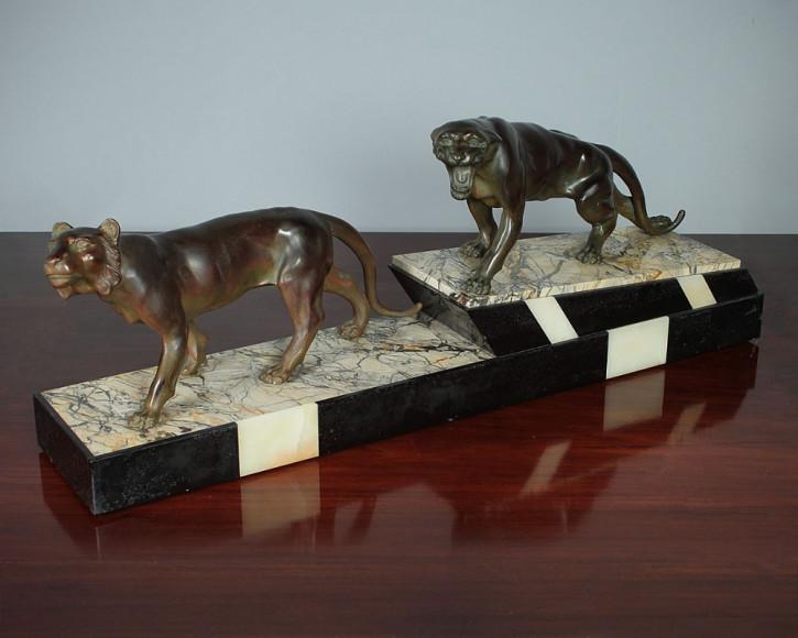 Art Deco Skulptur von zwei großen Panthern um 1930