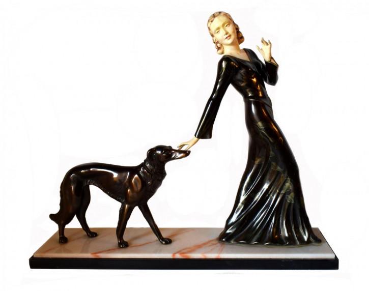 "Große Art-Deco-Figurengruppe ""Lady and her dog"", 1930er Jahren, M. Secondo"