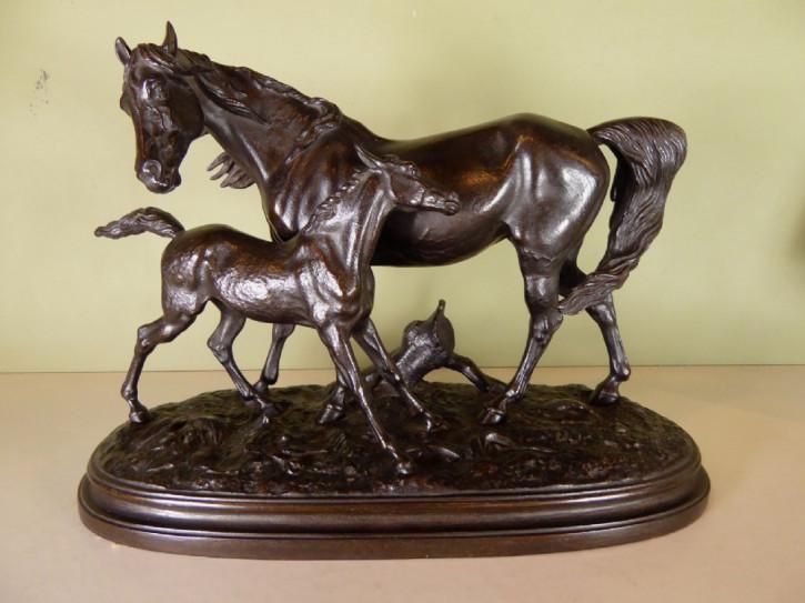 Bronze Figur einer Stute und Fohlen Antik ca. 1850