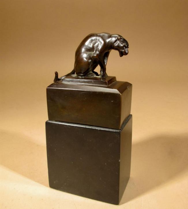 Antik Bronzeskulptur Panther Original Signriert von Hubert Donald Macgeoch Gilbert, ca. 1940