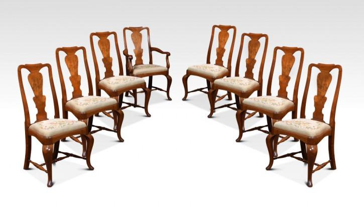 Satz von acht Queen Anne Stühlen mit hoher Rückenlehne