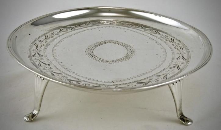 Ovaler George iii Teekannenständer antik 1789