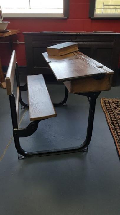 Antike Doppelsitz Schulbank ca 1930