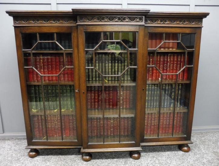 Kleines Bücherregal aus Eichenholz