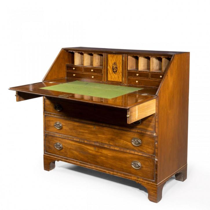 Großer Sekretär aus Periode von George III. Antik Massivholzschrank Mahagoni Georgianisch