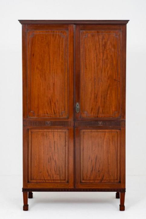 Zweitüriger Kleiderschrank Mahagoni Massivholzschrank antik ca. 1920