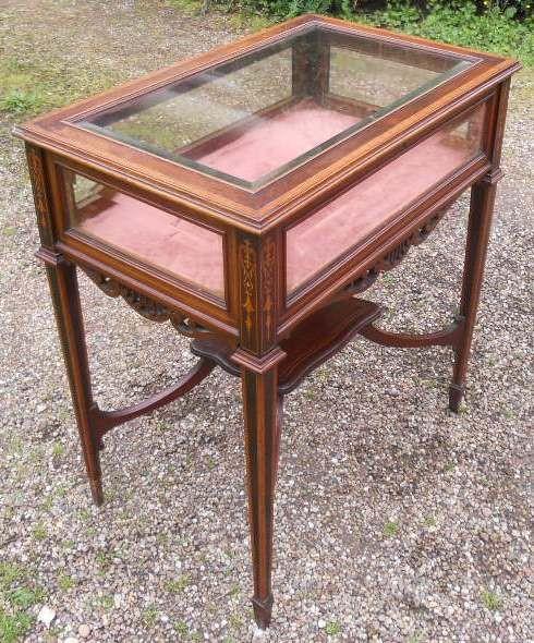 Antiker edwardianischer Vitrinen Tisch / Display Table / Bijouterie Table aus Mahagoni, ca 1900