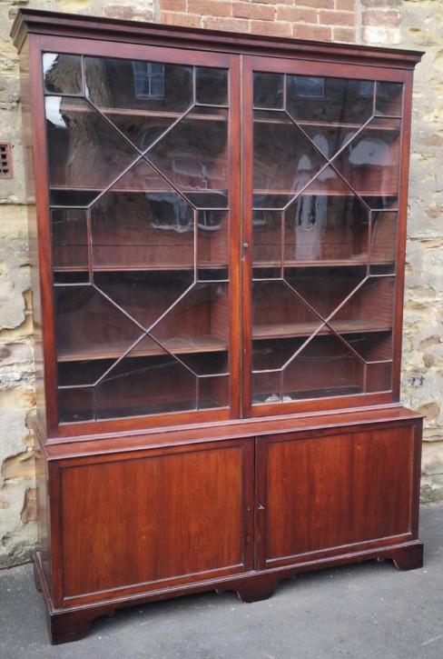 Großer Mahagoni Bücherschrank Massivholzschrank antik ca. 1890